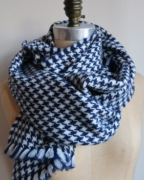 NITH - Navy houndstooth